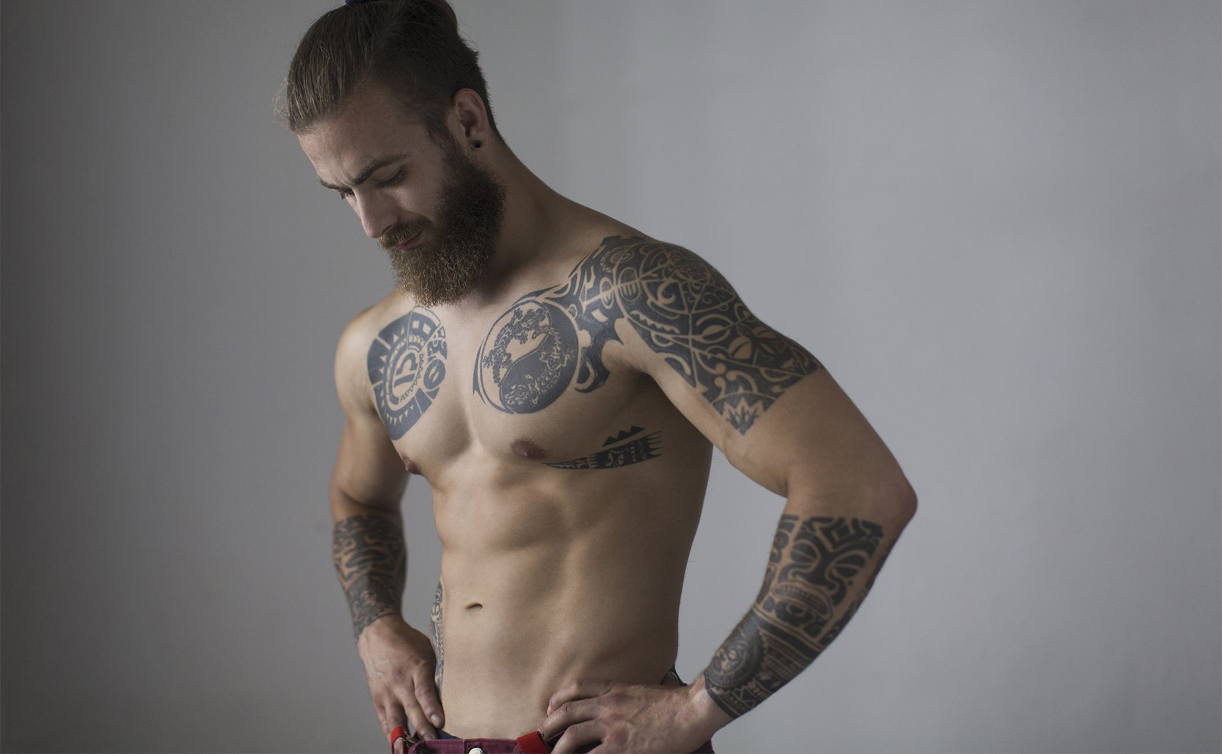 https://sofiagray.com/blog/wp-content/uploads/2020/02/1st-Sexiest-male-body-parts.jpg